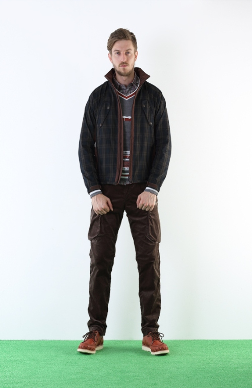 white-mountaineering-2013-spring-summer-training-day-lookbook-5