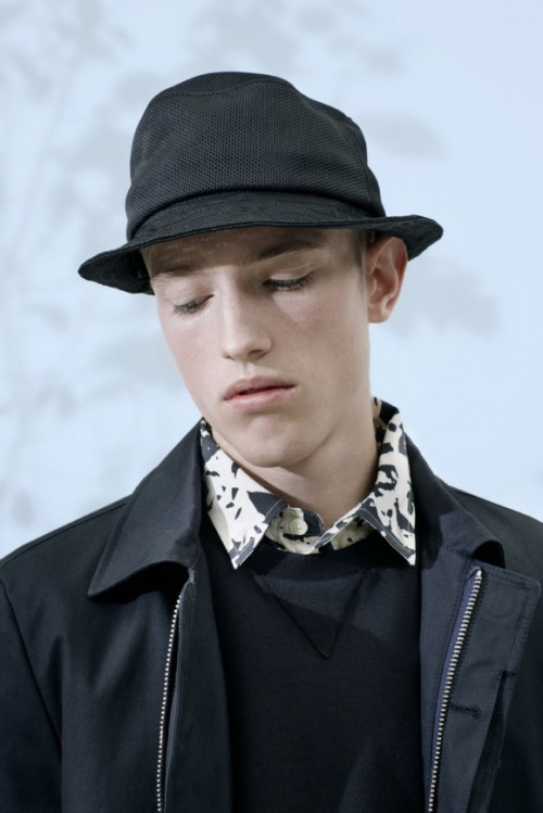 02a_norse-projects-ss13-raw-29392_low_7726